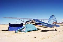 Het kamperen bij de luchthaven Royalty-vrije Stock Foto's