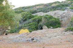 Het kamperen in de bergen Royalty-vrije Stock Foto