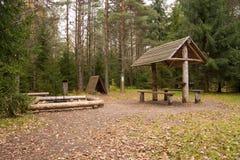 Het kamperen gebied royalty-vrije stock afbeeldingen