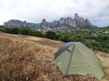 Het kamperen in Meteora in Griekenland Stock Foto