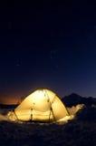 Het kamperen onder de sterren Stock Fotografie