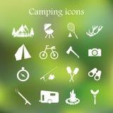 Het kamperen pictogram vastgestelde vector Royalty-vrije Stock Fotografie