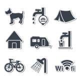 Het kamperen pictogrammen - stickers Royalty-vrije Stock Afbeeldingen