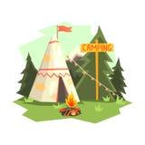 Het kamperen Plaats met Vuur, Wigwam en Bos Royalty-vrije Stock Afbeeldingen