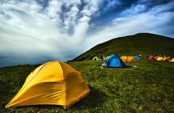 Het kamperen tenten Stock Afbeeldingen