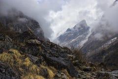 Het kamptrek van de Annapurnabasis Stock Afbeeldingen