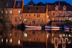 Het kanaal van Brugge bij schemer Royalty-vrije Stock Foto