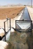 Het kanaal van de irrigatie Royalty-vrije Stock Afbeeldingen