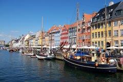 Het kanaal van Kopenhagen, boten. Stock Afbeeldingen