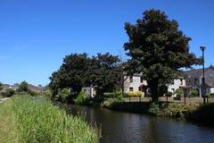 Het kanaal van Lancaster door de Steeg van de Badmolen, Lancaster, het UK Royalty-vrije Stock Afbeeldingen