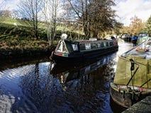Het Kanaal van Leeds Liverpool in Salterforth in het mooie platteland op de grens van Lancashire Yorkshire in Noordelijk Engeland Stock Afbeeldingen