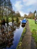 Het Kanaal van Leeds Liverpool in Salterforth in het mooie platteland op de grens van Lancashire Yorkshire in Noordelijk Engeland Stock Foto