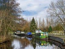 Het Kanaal van Leeds Liverpool in Salterforth in het mooie platteland op de grens van Lancashire Yorkshire in Noordelijk Engeland Royalty-vrije Stock Afbeelding