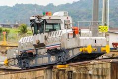 Het Kanaal van Panama van treinmuilezels Royalty-vrije Stock Fotografie