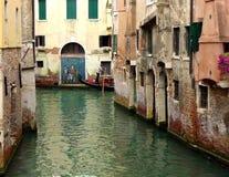 Het Kanaalgraffiti van Venetië stock fotografie