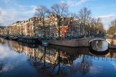 Het Kanaalhuizen van Amsterdam stock fotografie