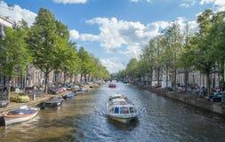 Het Kanaalscène van Amsterdam, Nederland Stock Foto's