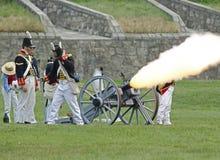 Het Kanon van het vuren royalty-vrije stock afbeeldingen