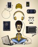 De gebruiker met laptop mediteert omringde apparaten Stock Afbeeldingen