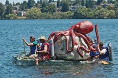Het kartonboot van de octopusmelk Stock Fotografie
