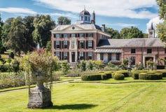 Het kasteel en het park Rosendael in Rozendaal in Nethe wordt gevestigd die Royalty-vrije Stock Foto's