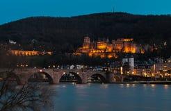 Het Kasteel en Rivier Neckar van Heidelberg Stock Foto's
