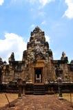 Het Kasteel Khmer kunst van de Sadok kok thom Steen, Thailand Stock Afbeelding