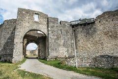 Het kasteel ruïneert van Hainburg een der Donau, Oostenrijk, oude architec Stock Foto's