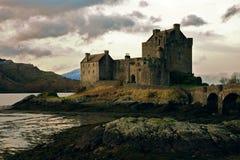 Het kasteel Schotland van Donan van Eilean Stock Afbeelding