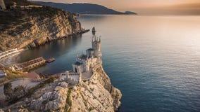 Het kasteel slikt het Nest van ` s dichtbij Yalta stock footage
