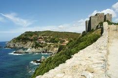 Het kasteel Talamone Stock Afbeelding