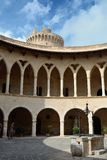 Het kasteel van Bellver Stock Afbeeldingen