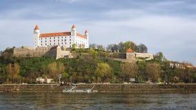 Het kasteel van Bratislava, Slowakije Stock Afbeeldingen
