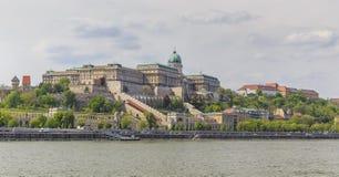 Het Kasteel van Buda Mening van de Donau royalty-vrije stock afbeelding