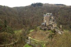 Het kasteel van Burgeltz in Rijnland-Palatinaat staat, Duitsland stock fotografie