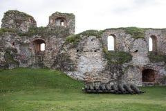 Het Kasteel van de Livoniaorde werd gebouwd in het midden van de 15de eeuw Bauska Letland in de herfst Royalty-vrije Stock Fotografie