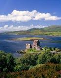 Het kasteel van Donan van Eilean, Kintail, Schotland Stock Foto's
