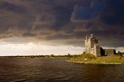 Het kasteel van Dunguaire stock afbeelding