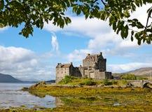 Het kasteel van Eileandonan in Dornie, Schotland Stock Afbeelding