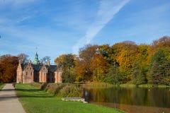 Het kasteel van Frederiksborg in Hillerod, Denemarken stock fotografie