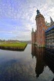 Het Kasteel van Frederiksborg in Hillerod dichtbij Kopenhagen, Denemarken Stock Afbeeldingen