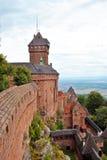 Het kasteel van Hautkoenigsbourg Stock Foto's