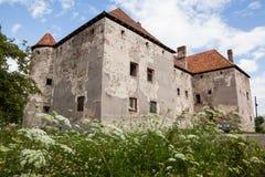 Het Kasteel van Heilige Miklos wordt gebouwd bij het wisselen van de 14de en 15de eeuwen, gebied Over de Karpaten stock foto