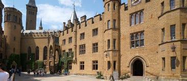 Het kasteel van Hohenzollern Stock Afbeeldingen