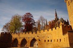 Het kasteel van Hohenzollern in Swabian tijdens de herfst Stock Fotografie
