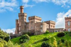 Het kasteel van Inverness van Ness-rivier Royalty-vrije Stock Fotografie