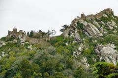 Het kasteel van legt bodemmening in Sintra, Portugal vast Stock Afbeeldingen