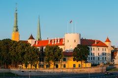 Het Kasteel van Letland Riga, Beroemd Oriëntatiepunt, Officiële President Residence stock afbeelding