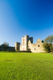 Het kasteel van Ludlow in het zonlicht Stock Foto