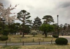 Het Kasteel van Matsumoto in het nationale park van Matsumoto Royalty-vrije Stock Afbeeldingen